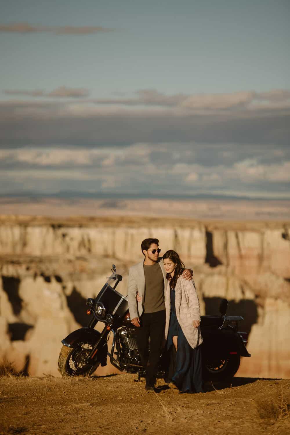 coal-mine-canyon-engagement-photos