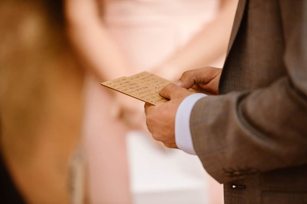 elopement-wedding-ceremony