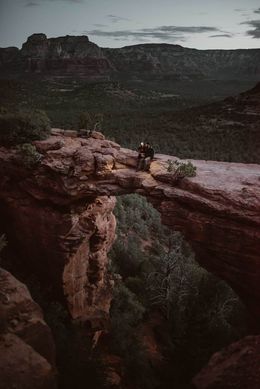 sunrise-hiking-elopement