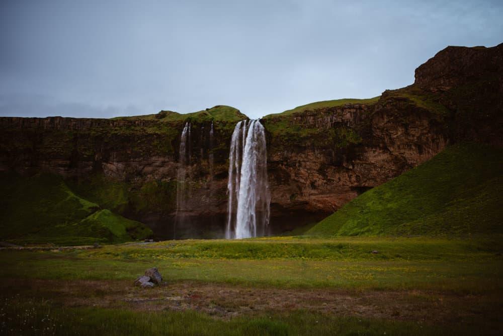 Seljalandsfoss-summer-photo