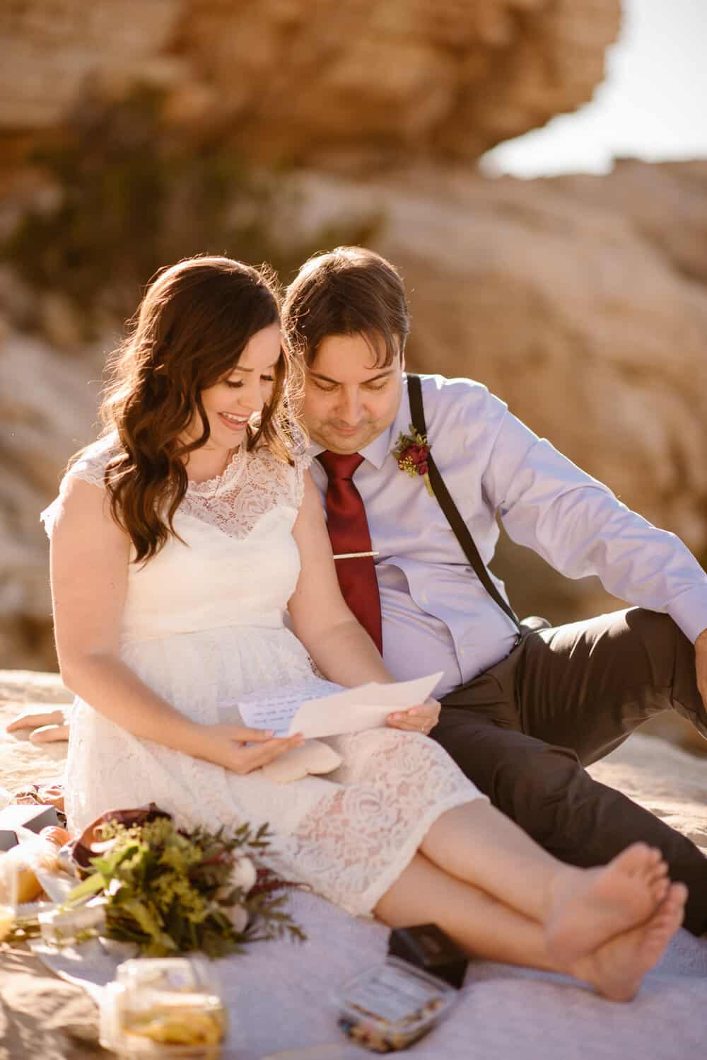 red-rock-canyon-elopement-photographer