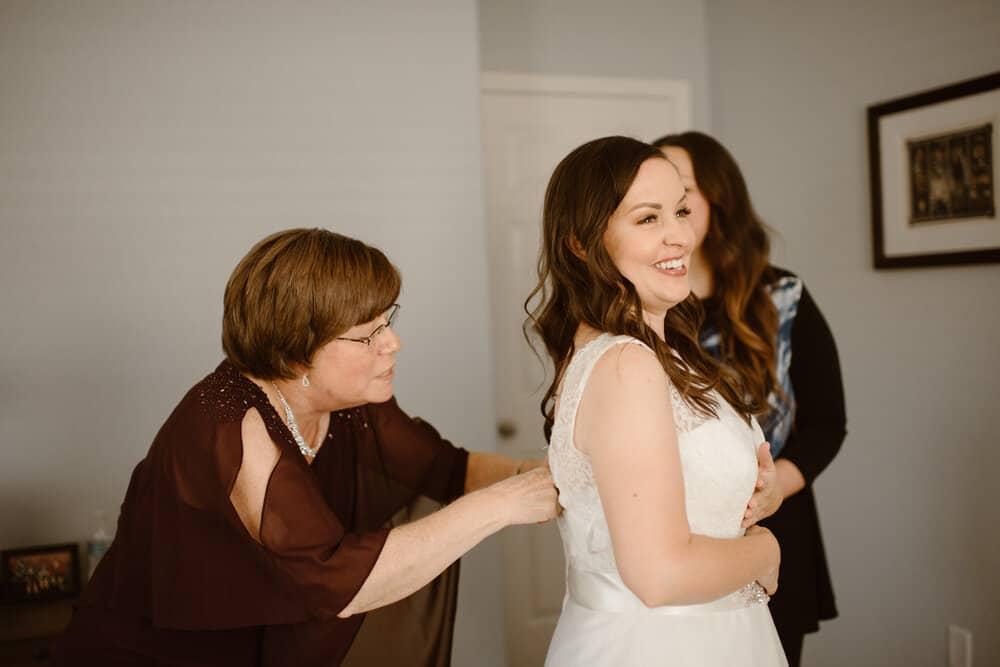 vegas-back-yard-wedding