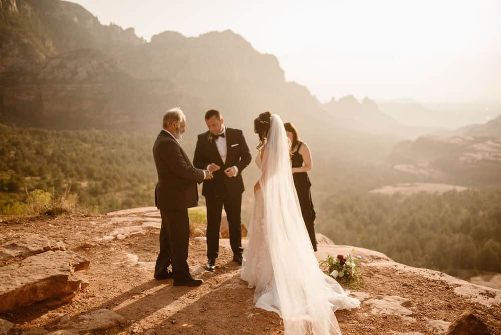 elopement-with-family