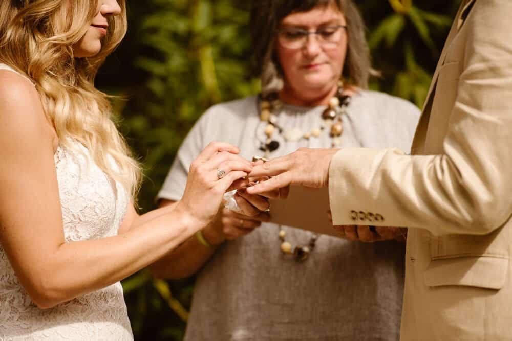 tacoma-wedding-photographer
