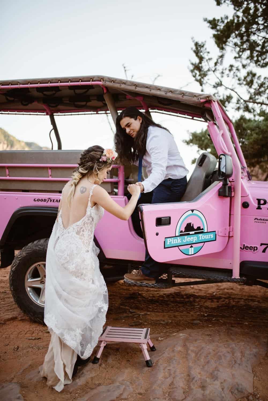 pink-jeep-tours-wedding-photographer