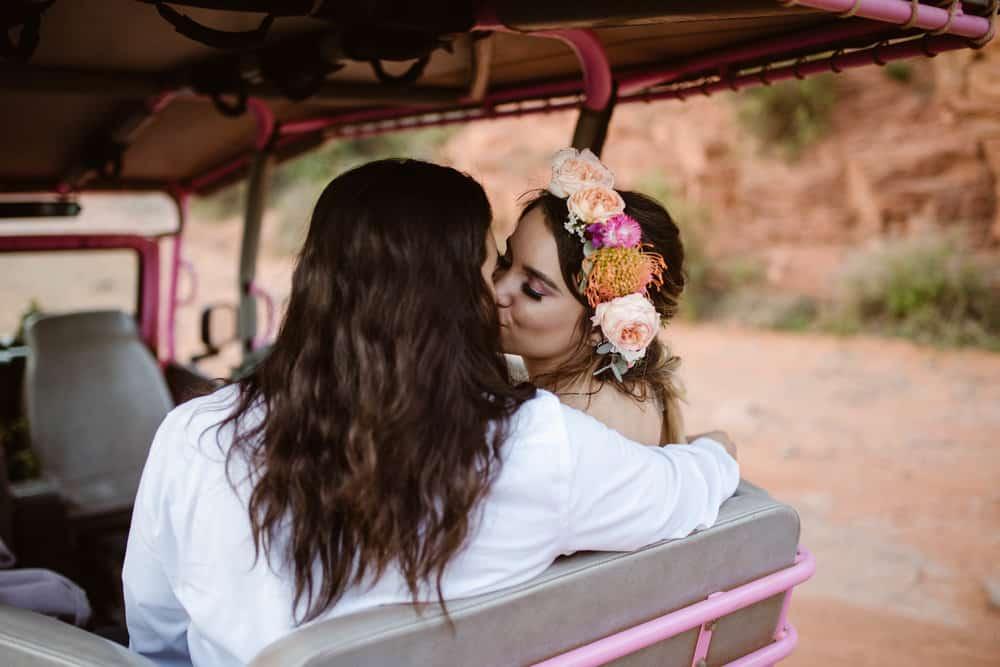 jeep-adventure-elopement-photography