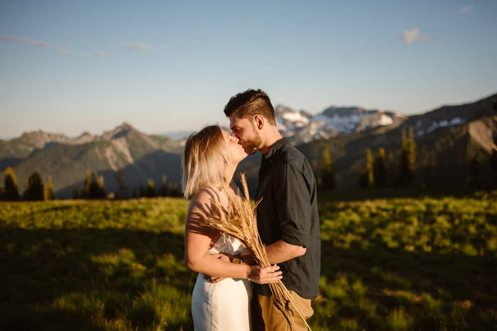 what-to-bring-to-your-elopement